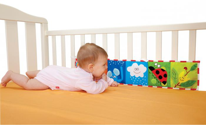 в 3 месяца ребенок должен