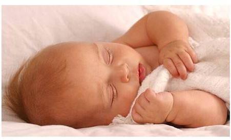 развитие ребенка. В 3 месяца жизни