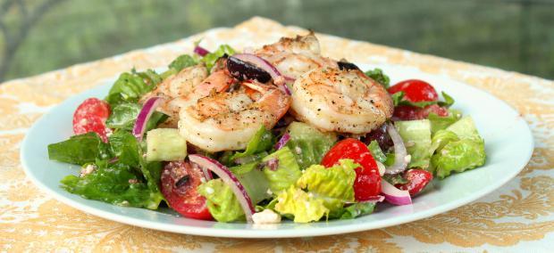 салат греческий с креветками рецепт с фото