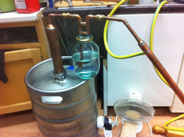 как очистить самогон от запаха