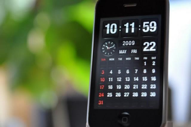 смартфон сам переводит время таком случае Фейсбук