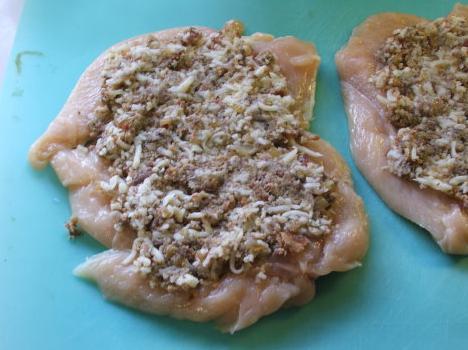 рулетики из куриного филе с начинкой в духовке