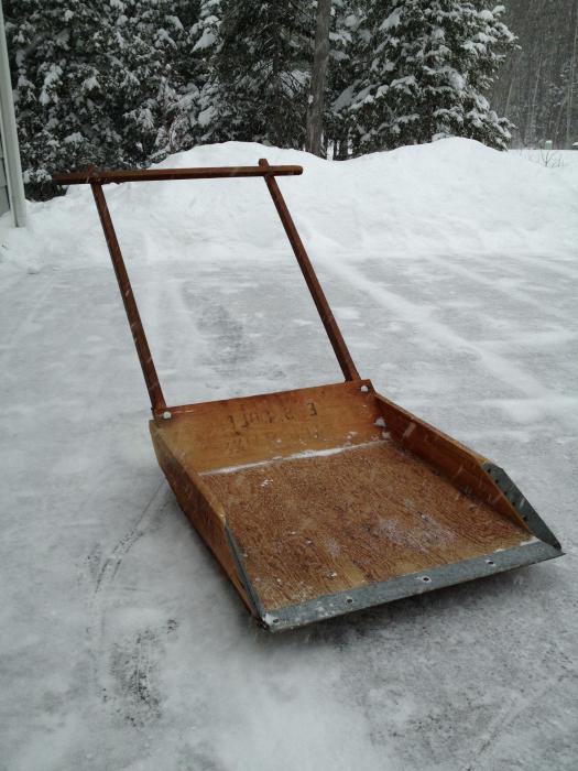 Как сделать скребок для снега своими руками из фанеры
