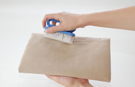Чем почистить натуральную светлую кожу в домашних условиях