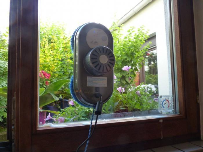 робот пылесос для мытья окон