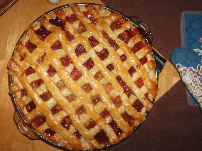 Дрожжевой пирог с джемом