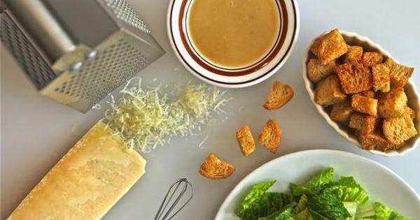 Салат цезарь калорийность