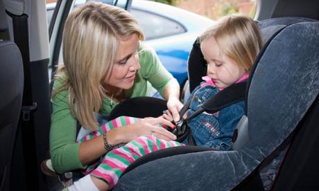 ребенок на переднем сиденье со скольки лет