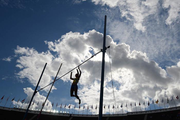 рекорд по прыжкам в высоту с шестом