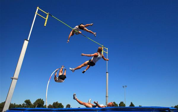 прыжок с шестом длина шеста