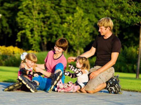 как научить детей кататься на роликах